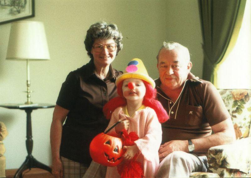 Samhalloween_and_grandpa